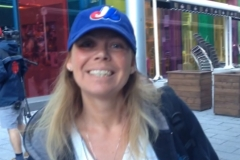 arlene-rust-expos-fan-tim-raines-bus